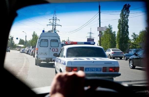 Сотрудник ДПС принял роды у москвички прямо в машине