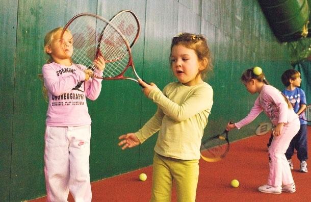 Большой теннис. Чтоважно знать родителям, отдающим ребенка вэтот вид спорта