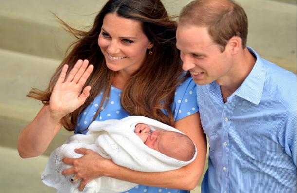 Герцог и герцогиня Кембриджские представили миру своего первенца