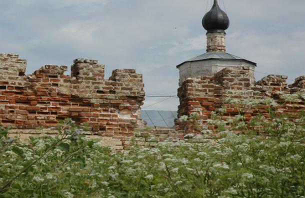 В Тверской области неизвестный изнасиловал ребенка в здании церкви