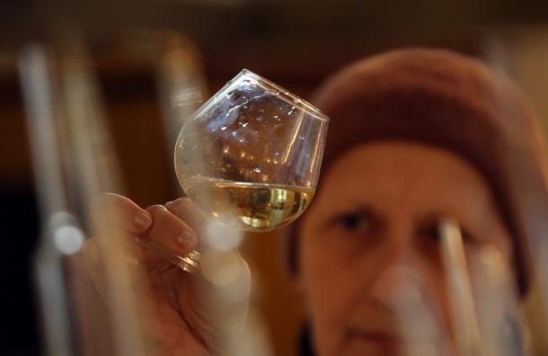 Риск смерти от рака среди мужчин снижает вино - Французские ученые