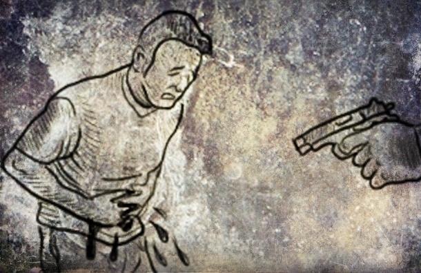 В результате стрельбы на Апраксином дворе ранен мужчина