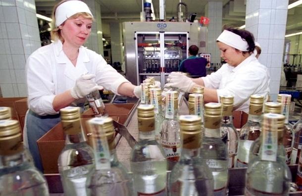 В России производство водки упало на 40 процентов