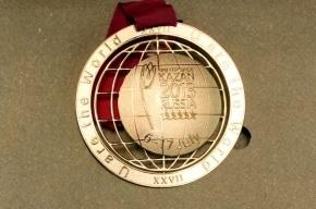 Золотая медаль Универсиады, сделанная в Петербурге, сломалась во время вручения
