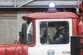 Трое молодых парней попытались угнать пожарный КамАЗ