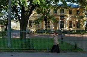 Экс-чиновников Минобороны уличили в незаконной продаже части Таврического сада
