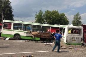 КамАЗ протаранил рейсовый автобус в Новой Москве, погибло 18 человек