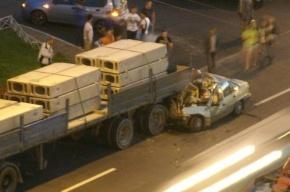 Пять человек погибли после столкновения Daewoo с припаркованным грузовиком