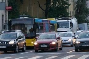 В Петербурге серьезные пробки из-за перекрытого Невского проспекта