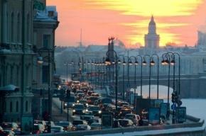 Движение по набережной Кутузова закрыто с 22 по 26 июля