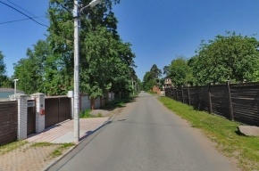 В Петербурге 11-летний ребенок погиб под опрокинувшейся иномаркой