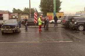 Двое детей пострадали в ДТП с участием трактора в Петербурге