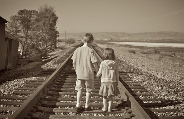 Должны ли маленькие мальчики дружить с маленькими девочками