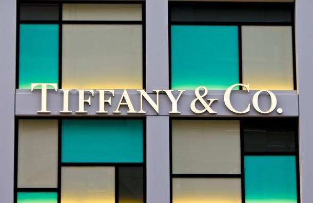 Сотрудница Tiffany уволилась, украв драгоценностей на $1,3 миллиона
