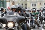 Колонна байкеров на Невском проспекте : Фоторепортаж