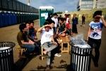 Фоторепортаж: «Палаточный лагерь для мигрантов из Вьетнама, Москва»