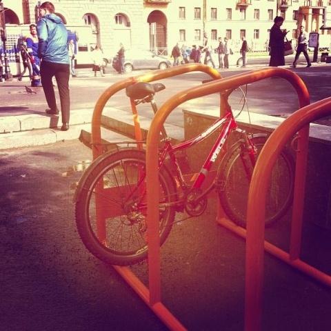 Велопарковки «европейского типа» в Выборгском районе: Фото