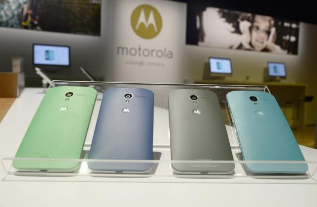 Смартфон Moto X: Фото