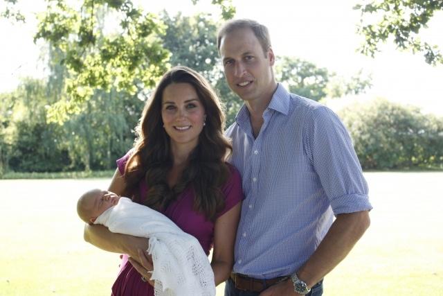 Официальные фото британского принца Джорджа: Фото