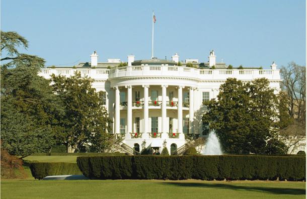 Солнечные батареи начали устанавливать в Белом доме
