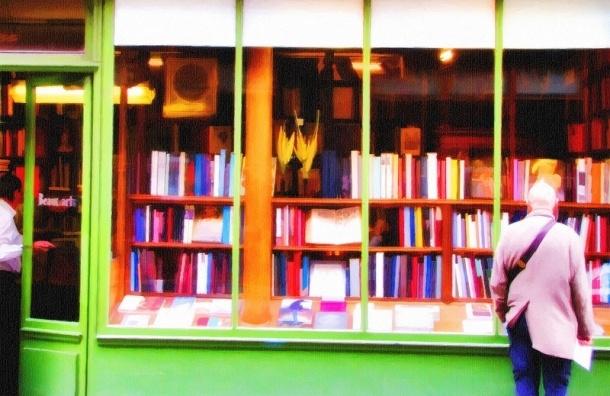Надо ли сделать из «Книжной лавки писателей» на Невском ресторан