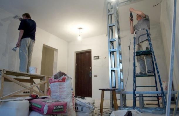 Перенес в квартире стену и стал невыездным: 18 москвичей не выпустили за границу