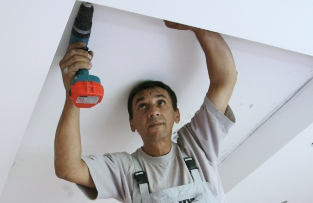 Отнимать квартиры за шум предлагает депутат от ЛДПР