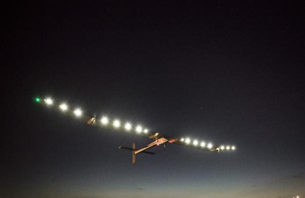 Пилотов трех самолетов ослепили лазером при подлете к Шереметьево