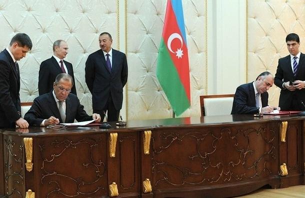 Чиновника в Азербайджане уволили за нецензурную оговорку при Путине