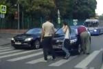 Автомобиль чиновника Минобороны сбил пешехода на «зебре» в Москве