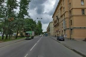 В Петербурге мужчина расстрелял пьяных, а после открыл стрельбу по полиции