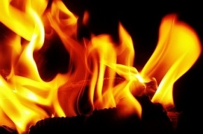 Крупный пожар в Петербурге: на месте работают 76 человек и 18 машин