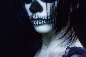 На Парнасе нашли женский скелет с золотыми зубами