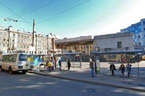 У метро «Чкаловская» произошла массовая драка с участием 30 человек