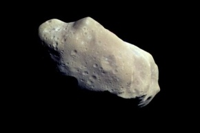19-метровый астероид завтра пролетит между Землей и Луной