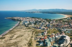 В Болгарии ребенок из России провалился в песчаную яму и впал в кому