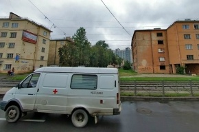Трамвай насмерть сбил 23-летнюю девушку на Рабфаковской улице