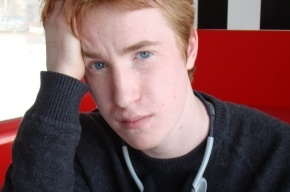 Десантники избили ЛГБТ-активиста на Дворцовой площади