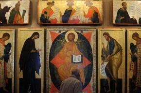 Хулиганка разбила икону в столичном храме