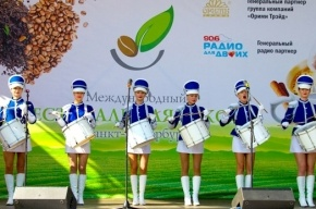 Знакомимся с чайными и кофейными традициями нашей планеты  на Московской площади Санкт-Петербурга