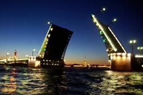 Биржевой и Тучков мосты меняют графики работы
