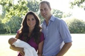 В Британии опубликованы первые официальные фото принца Джорджа