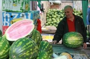 Полиция Петербурга объявила о предстоящих рейдах по местам уличной торговли