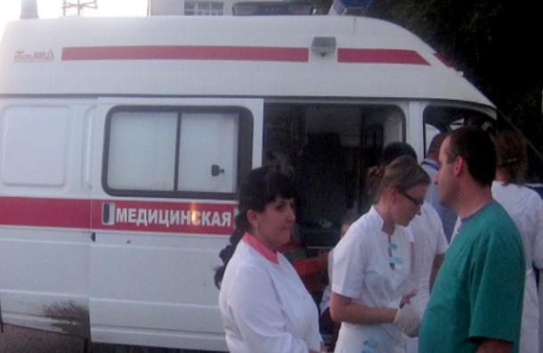 В Москве в результате ДТП пострадала семья с коляской. Водитель разыскивается