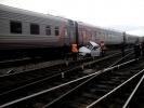 В Татарстане петербургский поезд столкнулся с легковым автомобилем: Фоторепортаж