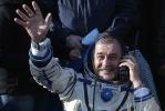 Возвращение космонавтов с МКС: Фоторепортаж