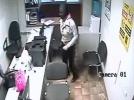 В Нижнем Новгороде задержана фотомодель, ограбившая офис: Фоторепортаж