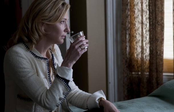 Рецензия: «Жасмин» Вуди Аллена — одинокая пьющая женщина сходит с ума