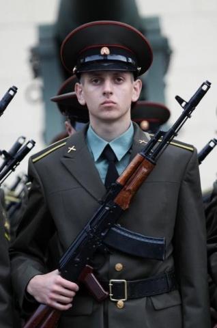 Линейка в Михайловской академии 1 сен 13: Фото