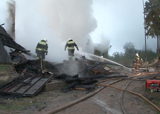 Пожар в интернате под Новгородом, 13 сентября 2013: Фото